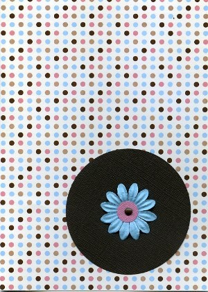 Dots_and_flowers