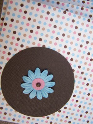 Dots_and_flowers_2