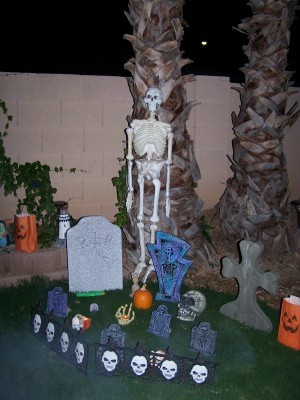 Graveyard_hall_party