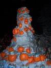 Hanuted_man_pumpkin_snow_hill