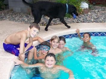 Kids_n_pool